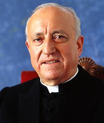 20071025102314-20071025-628-202-el-cardenal-agustin-garcia-gasco-bendice-la-nueva-universidad.-f.jpg