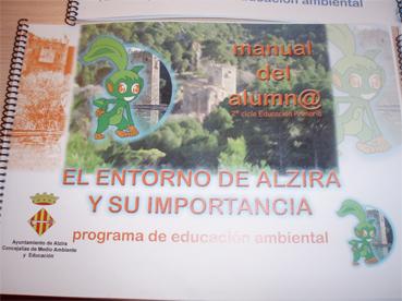 20071128135353-20071128-745-236-nova-agenda-educativa-que-no-es-gens-nova-com-quasi-res.-f.jpg