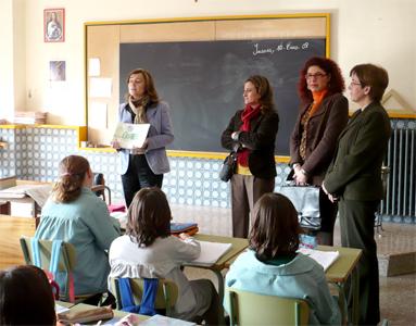 20080110202943-20080110-922-279-se-estan-distribuyendo-cuadernillos-de-la-agenda-21-escolar.-f.jpg