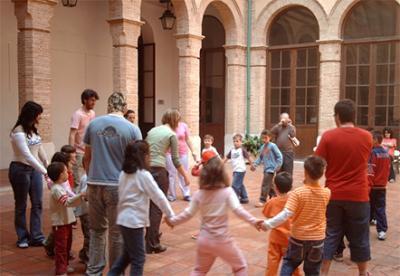 20080306141030-20080306-1107-335-talleres-de-pascua-para-los-mas-jovenes.-f.jpg