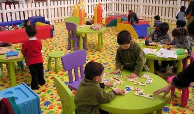 20081018042009-20081017-1870-560-alzira-lleva-a-cabo-el-proyecto-emprendre-jugant-foto.jpg