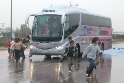 20081025101256-20081024-1899-567-jornada-de-seguridad-y-evacuacion-transporte-escolar-foto.jpg