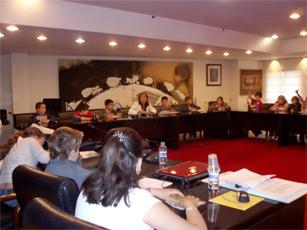 LA ALCALDESA RECIBE A 50 ALUMNOS DE PRIMARIA DEL COLEGIO FEDERICO GARCÍA LORCA DE ALZIRA
