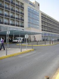 """LA GENERALITAT CONCEDE AL HOSPITAL DE LA RIBERA LA TITULACIÓN DE """"UNIVERSITARIO"""""""
