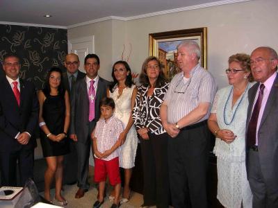 ERNESTO BAEZA Y Mª CONSUELO MARTÍNEZ SON LOS NUEVOS CLAVARIOS MAYORES DE LA SEMANA SANTA DE ALZIRA 2007-08
