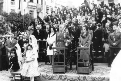 ESTAMPAS Y RECUERDOS DE ALZIRA (19)     //     LA VIRGEN DEL LLUCH, UN CUARTO DE SIGLO CORONADO DE DEVOCIÓN     //     POR: ALFONSO ROVIRA