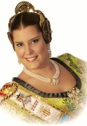ROSA Mª ALFONSO SE DESPIDIÓ COMO FALLERA MAYOR DE LA PLAÇA DEL FORN --------- Alzira – Fiestas. Fallas