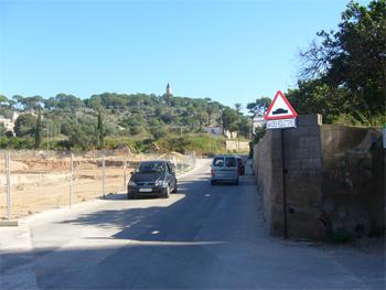 EL BLOC D'ALZIRA RECLAMA SOLUCIONS PER A L'ACCES DE LA GRAELLA ---------- Alzira – Urbanismo