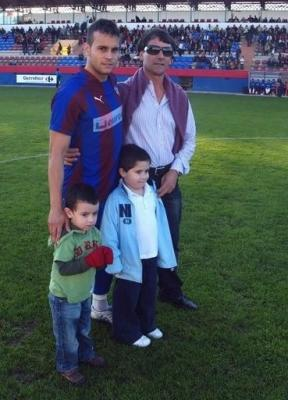 ROTUNDA VICTORIA DE LA UD ALZIRA EN ROJALES ANTE EL THADER  _____ ( Alzira – Deportes - Fútbol – UD Alzira )