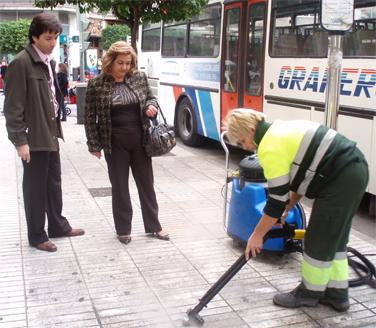 SE INCORPORAN TRES EQUIPOS HIDROLIMPIADORES AL SERVICIO DE LIMPIEZA DE ALZIRA