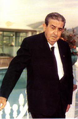ENTREVISTAS RETROSPECTIVAS (1) __ LUIS SUÑER SANCHIS. EMPRESARIO EJEMPLAR DE ALZIRA, CREADOR DE AVIDESA Y CARTONAJES SUÑER