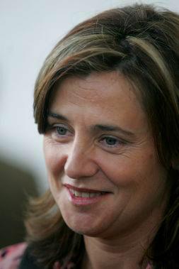 """ELENA BASTIDAS CALIFICA DE """"MUY INTERESANTE"""" LA CONSTRUCCIÓN DE UN AEROPUERTO EN ALZIRA"""