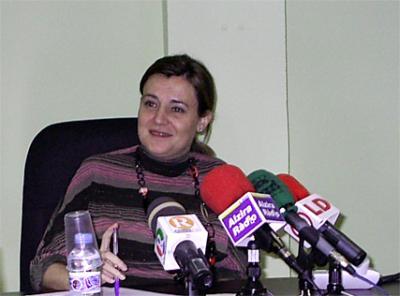 ELENA BASTIDAS, ALCALDESA DE ALZIRA, REALIZA UN DESAYUNO – RUEDA DE PRENSA CON LOS MEDIOS DE COMUNICACIÓN LOCALES