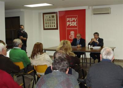 LA AGRUPACIÓN SOCIALISTA DE ALZIRA REALIZA UNA CONFERENCIA SOBRE AGRICULTURA