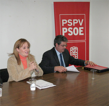 EL PSPV – PSOE DE ALZIRA CELEBRÓ UNA CONFERENCIA SOBRE LA LEY DE IGUALDAD
