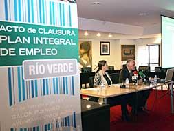 EL AYUNTAMIENTO DE ALZIRA RECOLOCA A 28 TRABAJADORES DE RÍO VERDE CARTÓN