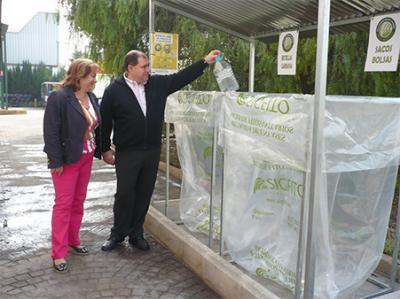 LOS AGRICULTORES DE ALZIRA YA CUENTAN CON CONTENEDORES PARA LOS ENVASES DE PRODUCTOS FITOSANITARIOS
