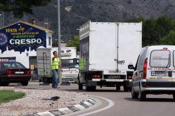 LOS PIQUETES INFORMATIVOS LLEGAN A ALZIRA Y PARAN CAMIONES EN EL TERCER DÍA DE HUELGA