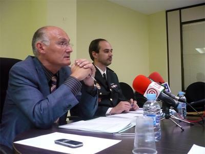 PALACIOS PRESENTA LA MEMORIA DE 2007 DE LA POLICÍA LOCAL DE ALZIRA CON UN BALANCE MUY POSITIVO