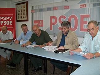 EL PSPV-PSOE DE ALZIRA SE REÚNE CON LOS SINDICATOS CCOO Y UGT PARA TRATAR TEMAS DE ACTUALIDAD
