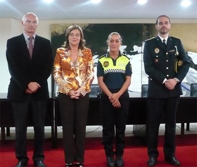 TOMA DE POSESIÓN DE UNA AGENTE DE LA POLICÍA LOCAL DE ALZIRA