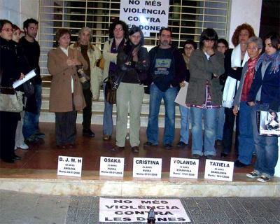 UNA NOVA MANIFESTACIÓ HUI A ALZIRA CONTRA LA VIOLÈNCIA MASCLISTA