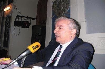 PANCRACIO CELDRÁN SERÁ EL PREGONERO DE LA SEMANA SANTA DE 2009 EN ALZIRA
