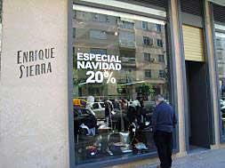 LAS COMPRAS NAVIDEÑAS EN LAS TIENDAS DE ALZIRA BAJAN UN 20% RESPECTO A 2007