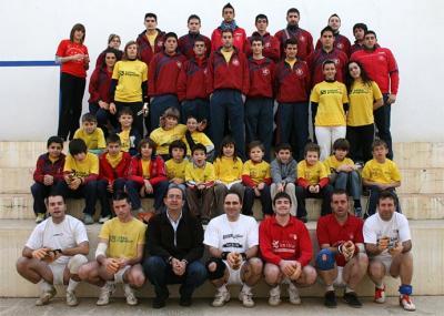 EL CLUB DE PILOTA VALENCIANA ALZIRA ESPERA QUE EL 2009 SEA LA TEMPORADA MÁS AMBICIOSA DEL CLUB