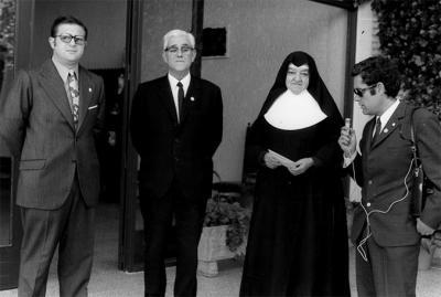 ESTAMPAS Y RECUERDOS DE ALZIRA (64). EL ORIGEN DE LAS SILLAS QUE SE PONEN EN LA PROCESIÓN DEL SANTO ENTIERRO DE LA SEMANA SANTA ALZIREÑA. POR: ALFONSO ROVIRA