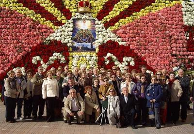 """MIEMBROS DEL INSTITUTO DIOCESANO DE CIENCIAS RELIGIOSAS DE ALZIRA REALIZARON UN VIAJE CULTURAL PARA VISITAR LA EXPOSICIÓN """"ESPAIS DE LLUM"""""""