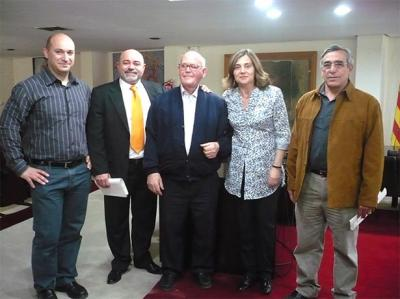 ELENA BASTIDAS FIRMA UN CONVENIO PARA LA PROMOCIÓN, EL DESARROLLO Y LA TECNIFICACIÓN DE LA HALTEROFILIA EN ALZIRA